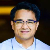 Dr Aram Kim